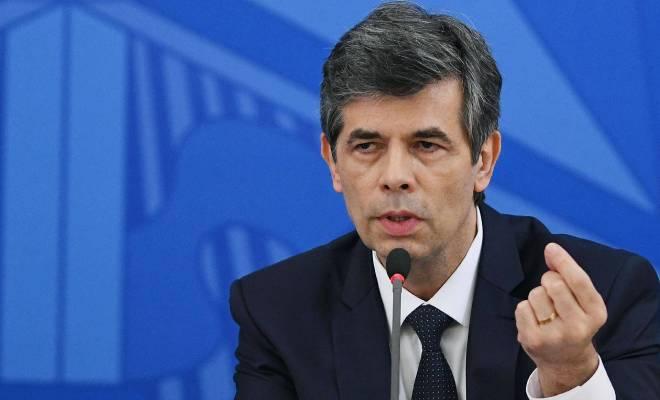 Berselisih dengan Presiden Soal Penanganan Corona, Menteri Kesehatan Brasil Pilih Lepaskan Jabatannya