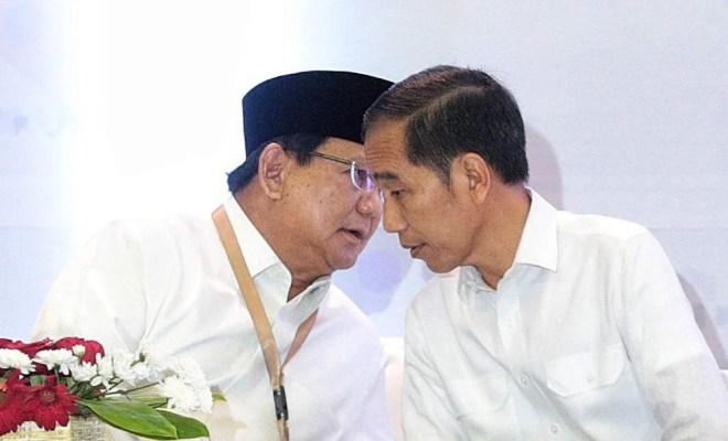 Beredar Foto Jokowi Perintahkan Prabowo Bubarkan FPI, Bagaimana Faktanya?