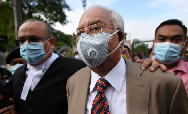 Mantan PM Malaysia Divonis 12 Tahun Penjara