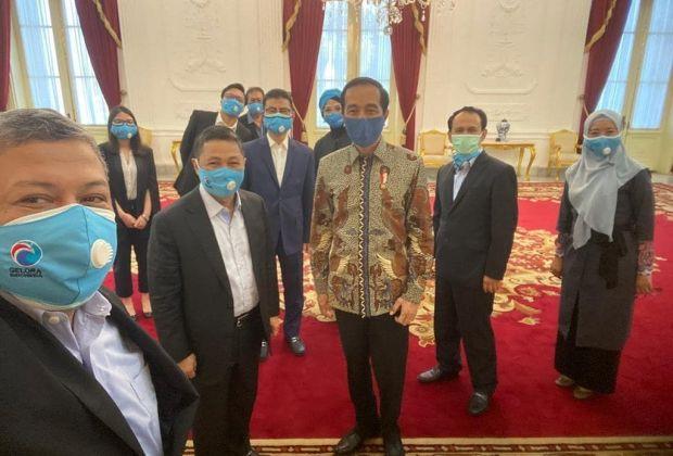 TIKTAK.ID - Dikunjungi Fahri Hamzah Dkk, Jokowi Bilang Rindu Kritik Fahri di Dunia Politik