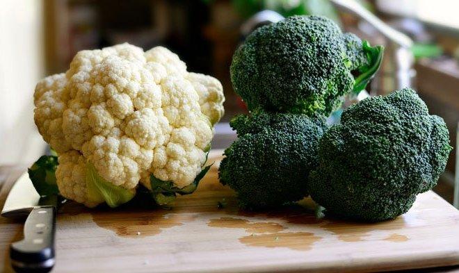Perbandingan Nutrisi Kembang Kol dan Brokoli: Bentuk Serupa Kandungan Nutrisi Jauh Beda