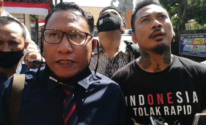 Buntut Postingan 'IDI Kacung WHO', Jerinx Ditahan Polisi