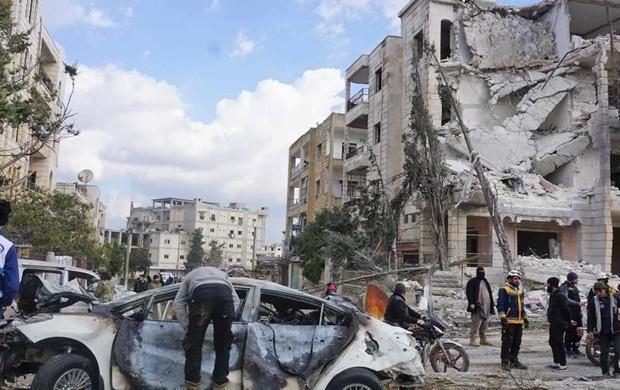 Bom Mobil Tewaskan 18 Orang di Suriah