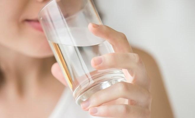 Viral Remaja Sakit karena Tidak Suka Minum Air Putih, Berikut Tanda-tanda Tubuh Kekurangan Air