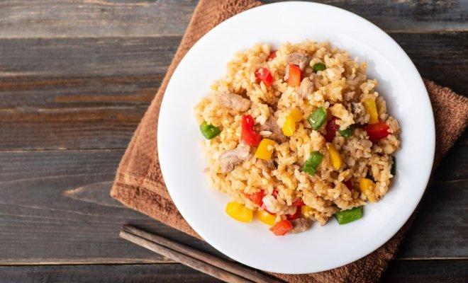 Ketahui Bahan, Kalori dan Cara Memasaknya Agar Nasi Goreng jadi Santapan Lebih Sehat