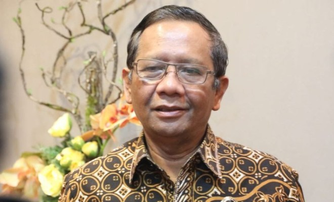 Soal Penghargaan Jokowi untuk Gatot Nurmantyo, Mahfud MD: Tidak Ada Bungkam-Membungkam