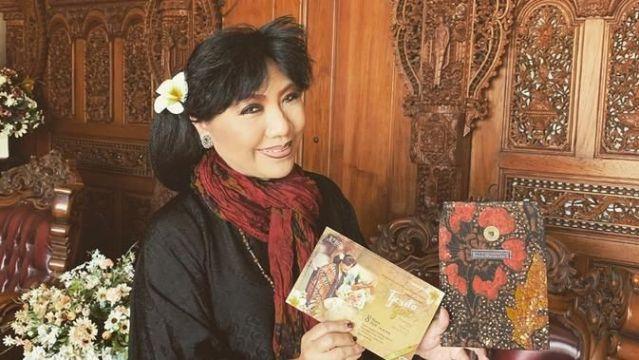 Dua Minggu, Desainer Anne Avantie Menyepi di Lereng Gunung Lawu