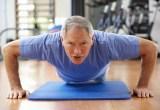 Hindari Risiko Cedera Saat Olahraga di Usia Tua dengan Cara Ini