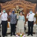 Jika Benar Nadiem Tak Cari 'Suaka Politik', Kenapa PDIP Mendadak Puja-Puji Dia Usai Sowan ke Megawati?