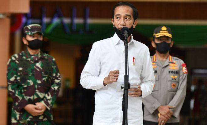 Jokowi Gelontorkan THR PNS dan Bansos Jelang Lebaran
