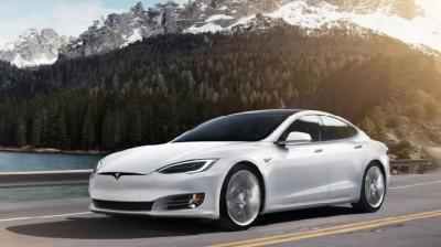 Fitur Autopilot Tesla Dituding Tewaskan Pengendara, Begini Tanggapan Elon Musk