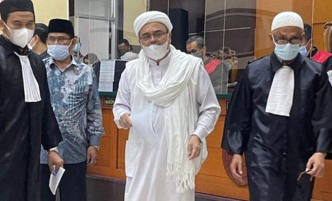 Hakim Ungkap Alasan Hukum Rizieq 4 Tahun Penjara