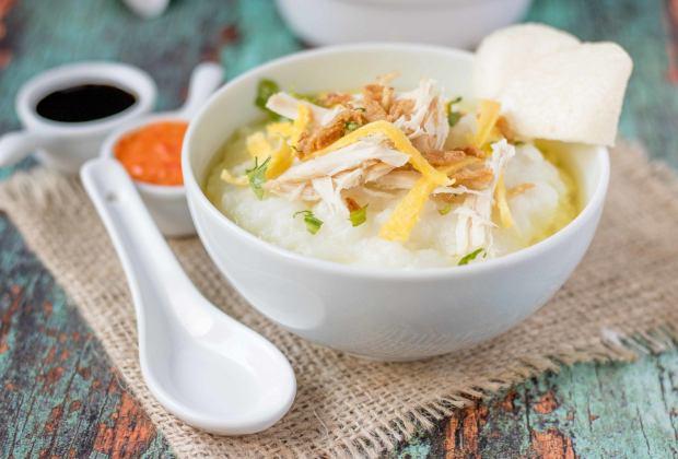 Resep Bubur Ayam Kuah Kuning untuk Sarapan