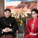 AHY dan Annisa Pohan Rayakan HUT RI Pakai Baju Adat, Netizen: Presiden Halu…