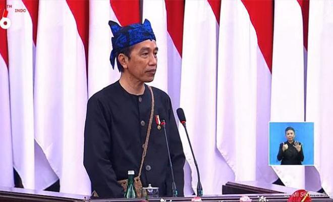 Kebijakan Atasi Pandemi Berubah-ubah, Begini Alasan Jokowi