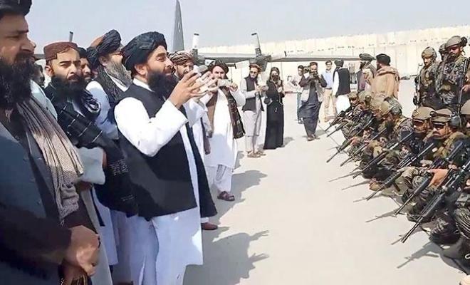Pasukan Terakhir AS Tinggalkan Afghanistan, Taliban Berpesta