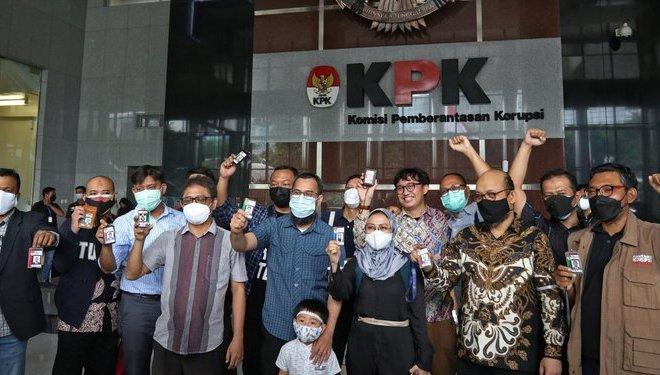 Resmi Diberhentikan KPK, Bagaimana Nasib Novel Baswedan dkk Selanjutnya?