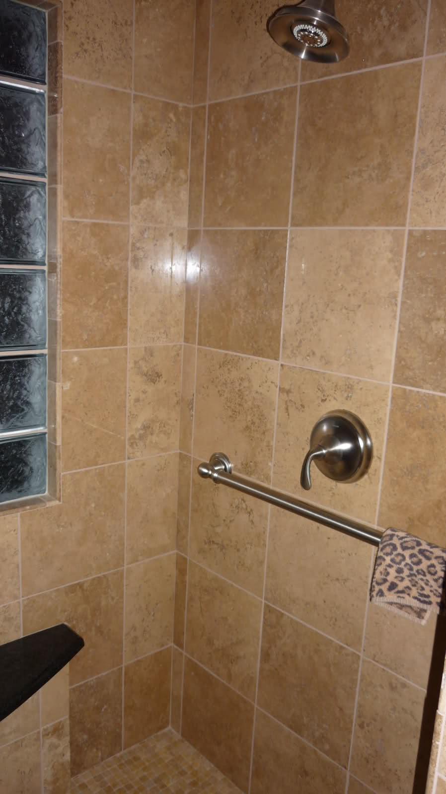 26 Amazing Pictures Of Ceramic Or Porcelain Tile For Shower