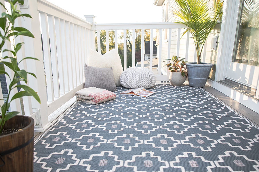 how to add colour to your garden tile mountain. Black Bedroom Furniture Sets. Home Design Ideas