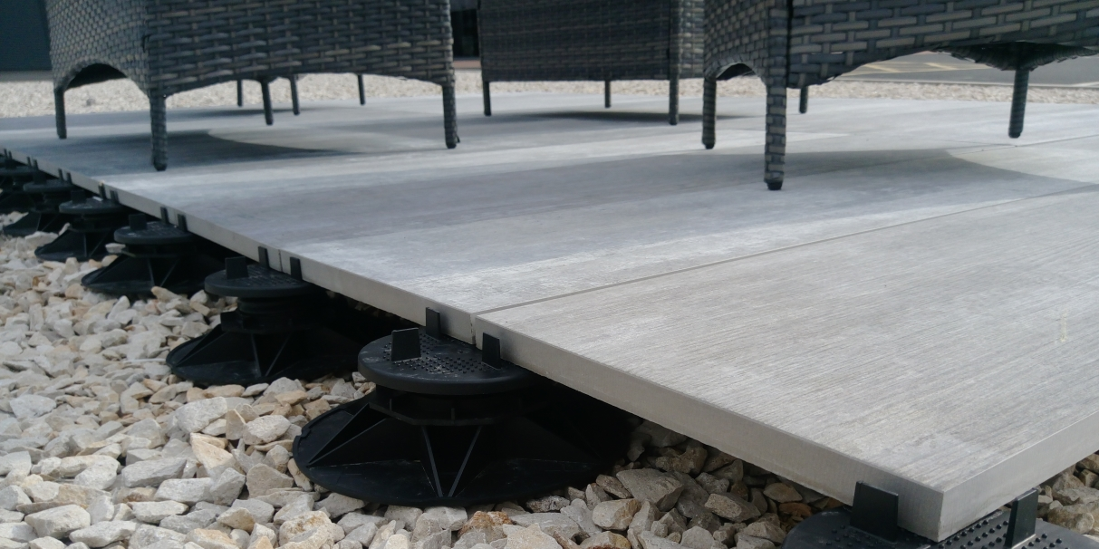 Installing Outdoor Slab Tiles Using Adjustable Support