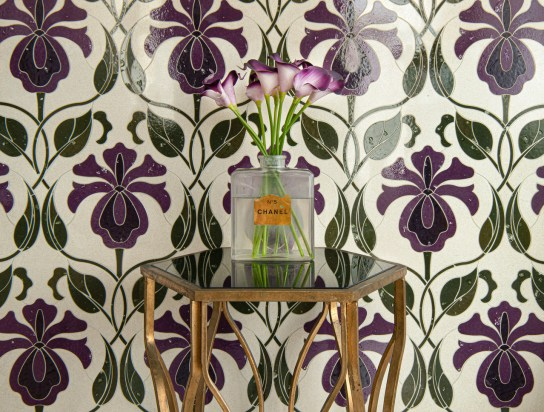 May, a waterjet stone mosaic shown in honed Ivory Cream with polished Iris, Viola, and Olive Glazed Basalto™.