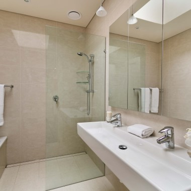 The Ultimate Guide ~ Curb-less, Zero Threshold Showers