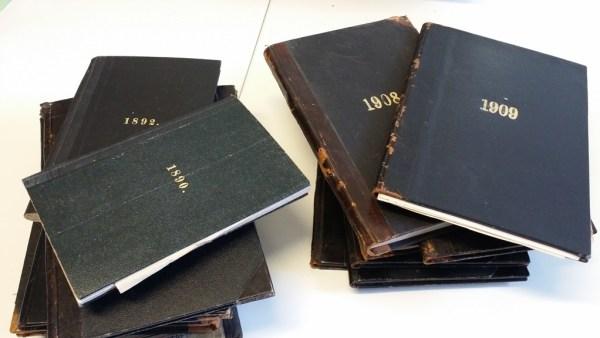 Almanakkene med dagboknotater. Funnet i brukthandel for ca. 35 år siden
