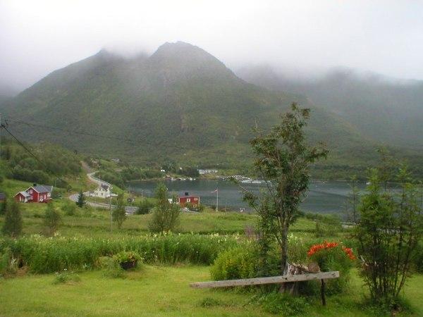 Utsikten fra gråden Fiskefjord hvor oldemor Kaspara vokste opp. Bildet er fra 2006