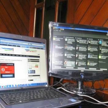 To skjermer 2