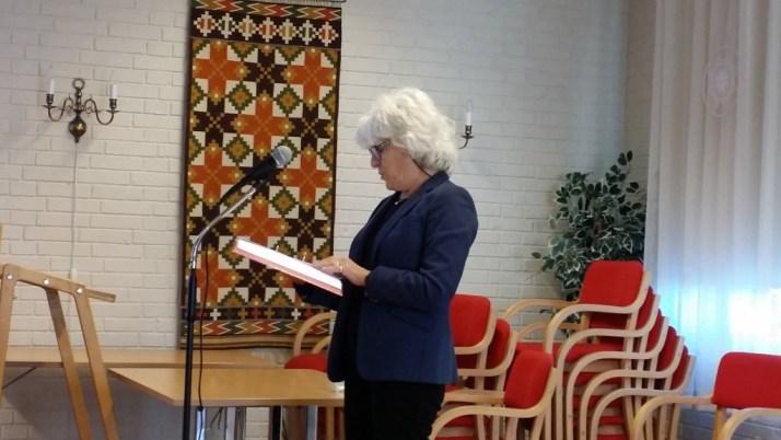 Mona Levin holder foredrag for DIS-Østfold des. 2015