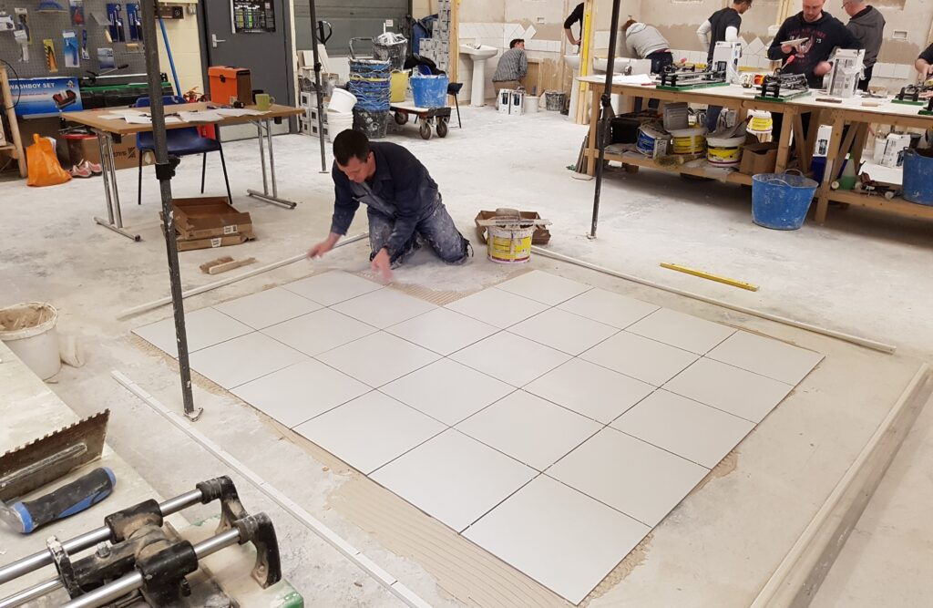 Tips For Floor Tiling How To Tile A Floor Tiling Courses