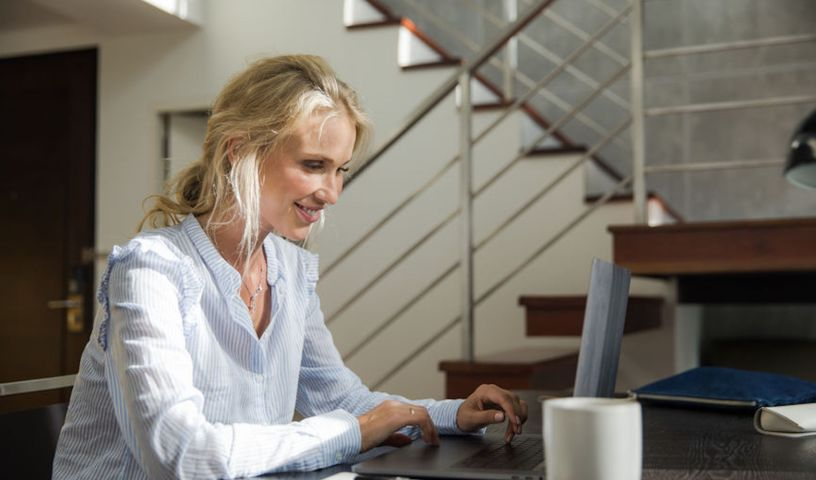 20-Personal-Finance-Newsletters-That-Will-Enlighten-You-About-Your-Money.jpg