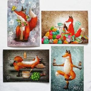 Neljä erilaista postikorttia, joissa hassuja kettuja, Katja Saarion kuvittamia