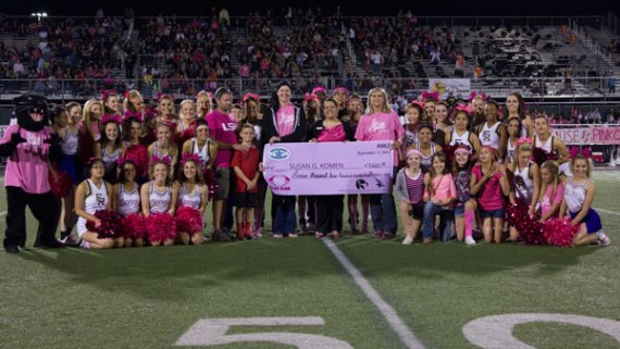 "Timber Creek and Fossil Ridge high schools joined together to raise over $7,200 for Susan G. Komen during the ""Claws for a Cause"" event. (Photo by The Creek yearbook photographer Sabrina Trejo.) Oct. 3, 2014."