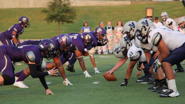 Timber Creek varsity football faces off against Irving Nimitz during an Aug. 27, 2015 game. (Photo by Talon Reporter Avery Vaughn.)