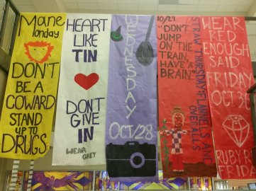 Banner displaying the dress-up days for Oct. 2015 Red Ribbon Week.