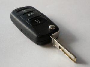 car-keys-1234786_1920