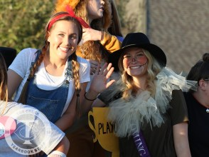 Photos from the Oct. 12, 2017 Homecoming Parade from The Creek Yearbook photographer Taylor Deker.