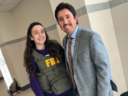 fbi-agent-001