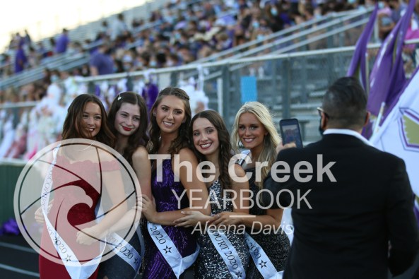 Photos from the Varsity Homecoming Football game vs. Richland High School on Oct. 9. (Photo by The Creek Yearbook photographer Aleena Davis)