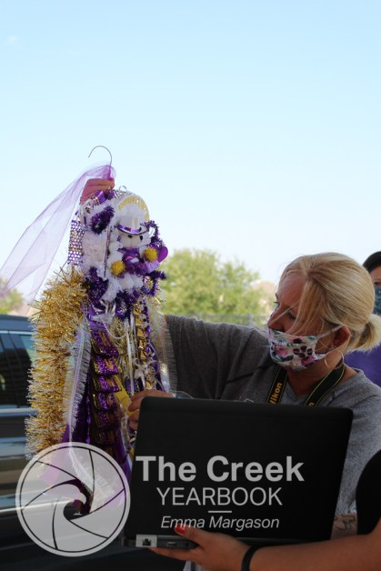 Photos from the annual SPED mum exchange on Oct. 7. (Photo by The Creek Yearbook Photographer Emma Margason)