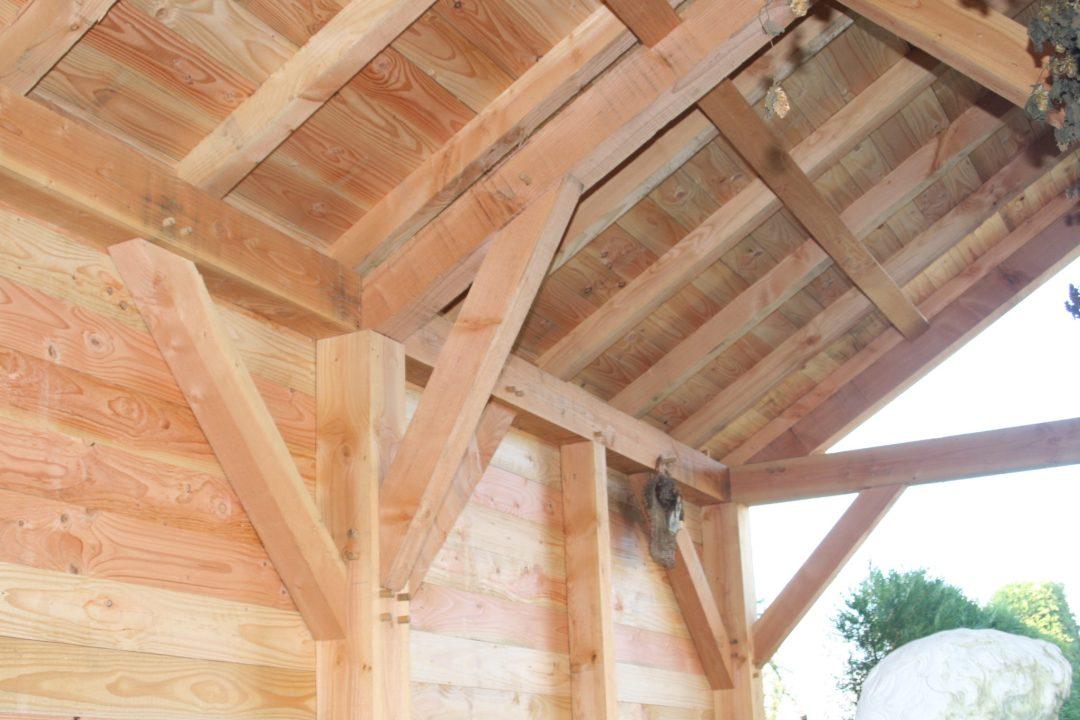 Poolhouse en poteaux-poutres