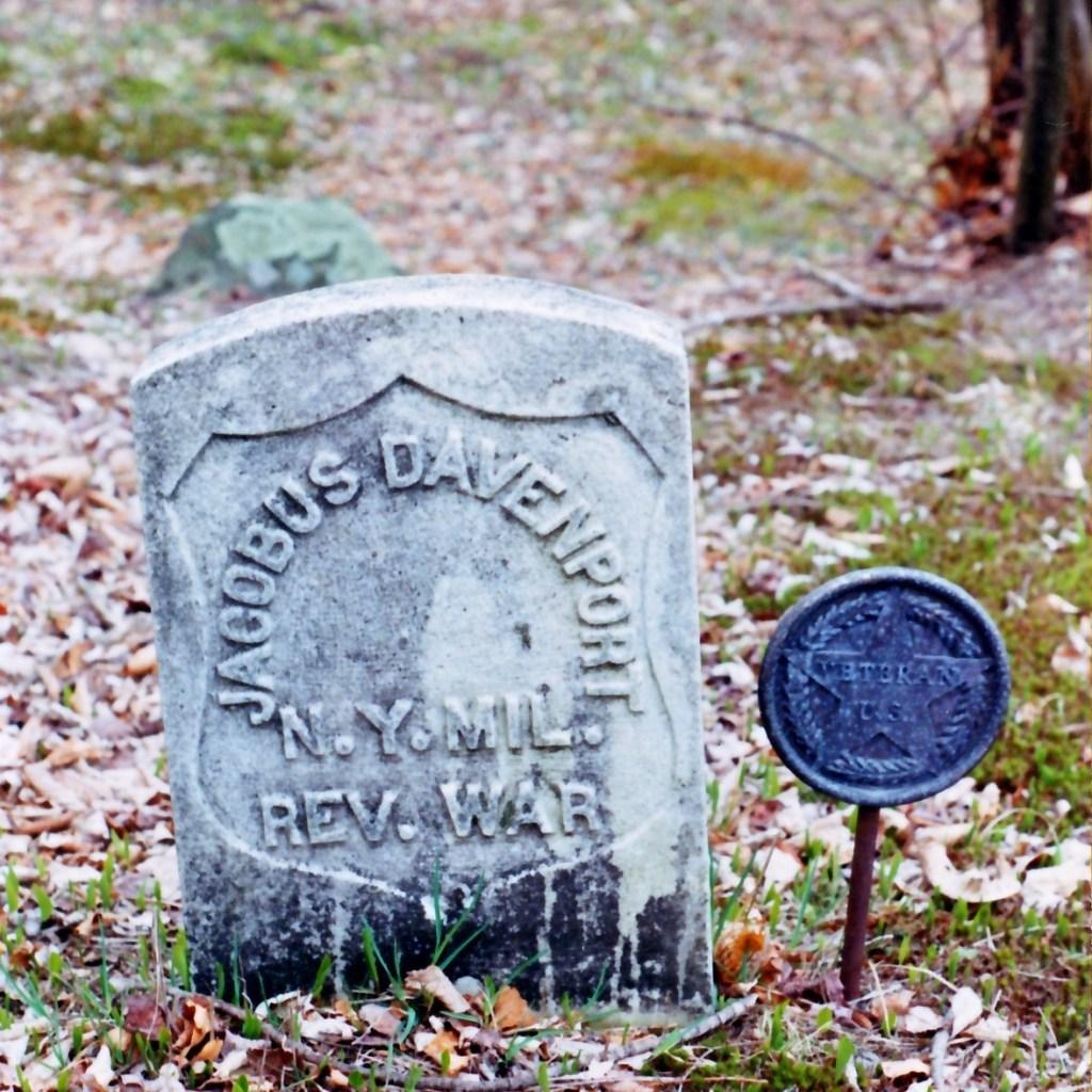 Rev. war grave