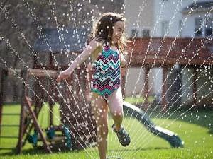 Summer Water - Sprinkler