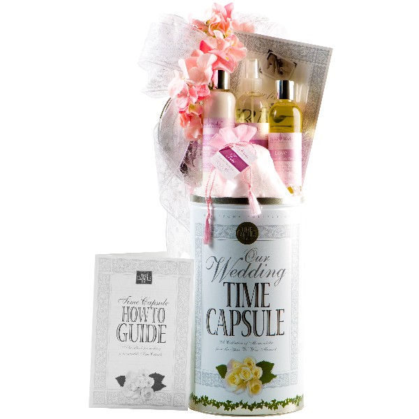 meaningful-personalized-gifts-pamper-basket