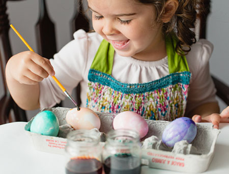 Easter Memories - Painting Eggs