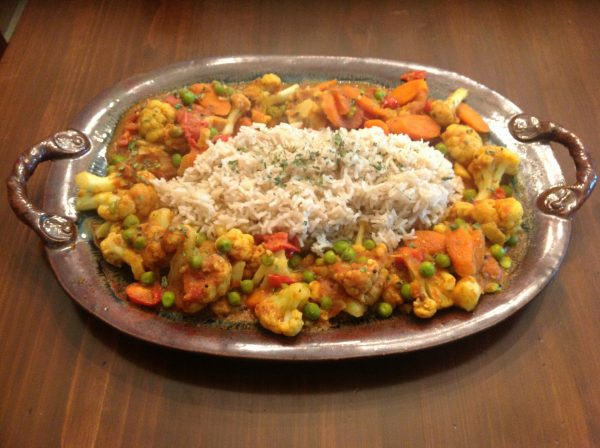 Indian-Style Cauliflower with Carrots and Peas