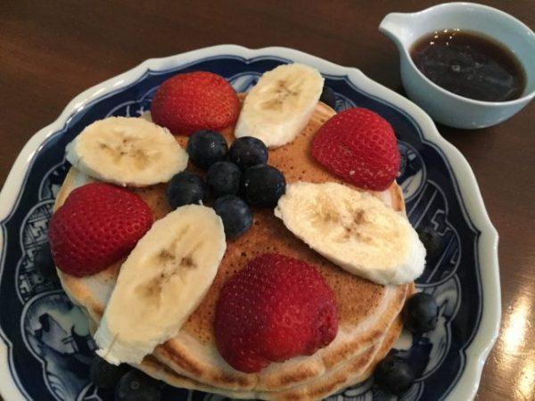 Oil-Free, Sugar-Free, 100% Whole Grain Banana-Pecan Pancakes