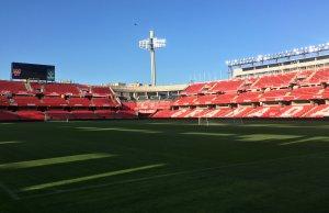 El estadio Los Cármenes preparado para la semifinal de copa
