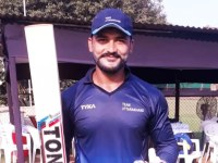 Captain Cool, Karan Veer Kaushal